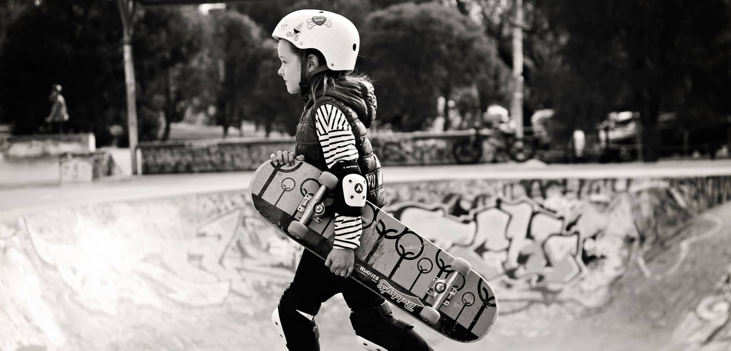 featured image: best skateboard for 8 year old
